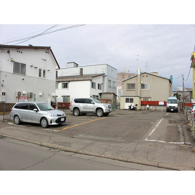 山下町2丁目駐車場(3丁目側)