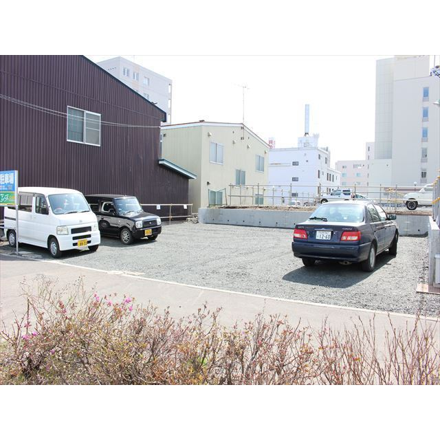 北見市北四条東 北4条東2丁目駐車場 駐車場