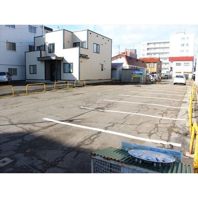 北見市北二条西 北2条西6‐6月極駐車場 駐車場