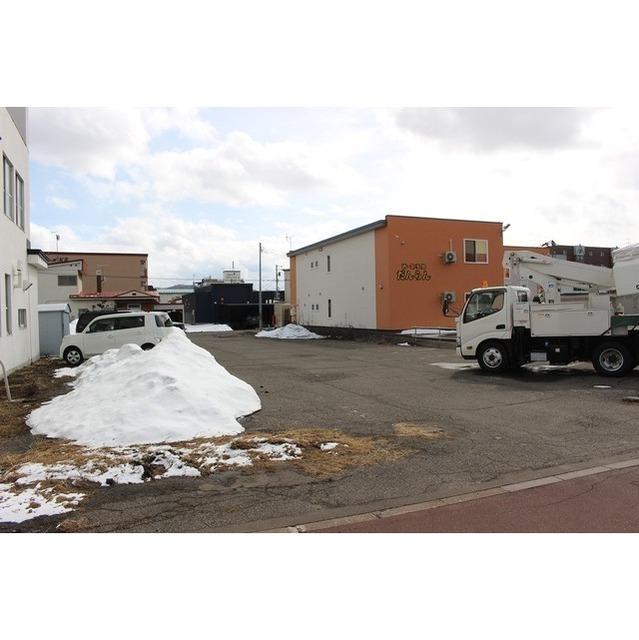 常盤町3丁目617−5駐車場