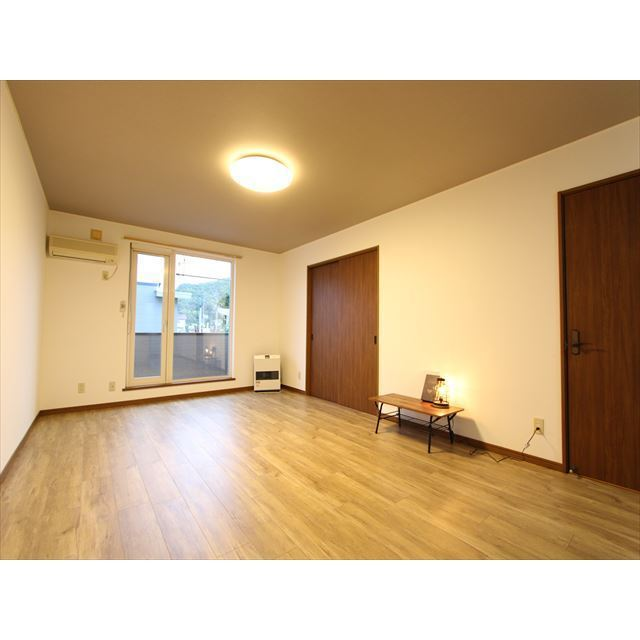 ビアンI 102号室 室内写真
